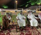 محافظ عفيف يكرم رؤساء الدوائر الحكومية واللجان العاملة في حفل اليوم الوطني